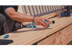 IQ-Dielenzwinge für Terrassen mit Bit-Adapter
